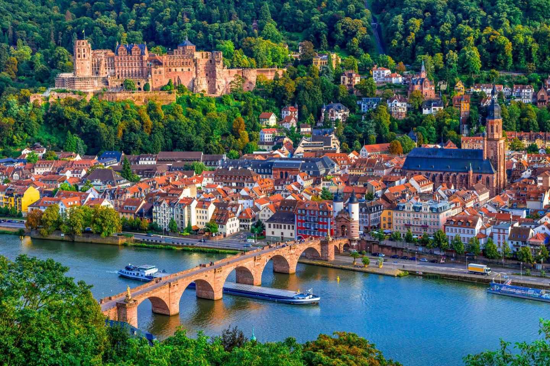 Ab Frankfurt: Fahrt in die malerische Stadt Heidelberg
