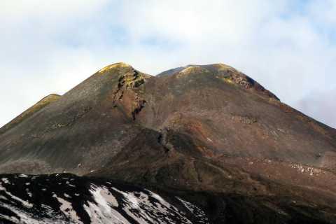 Etna: escursione alla base dei crateri sommitali