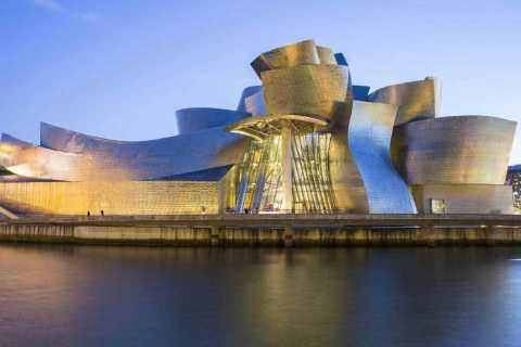 Bilbao: Guided Tour of the Guggenheim Museum Surroundings