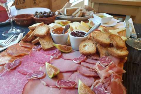 Porto: Excursão a pé de comida, vinho e comida enlatada