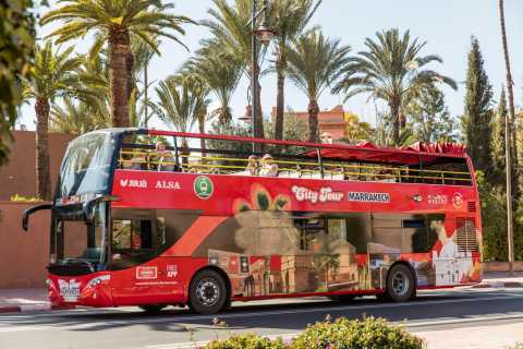 Marrakesch: Sightseeing-Tour im Hop-On-Hop-Off-Bus