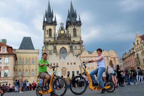 Prague: 2-Hour Castle and Old Town E-Scooter Tour