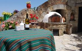 The Miracle of Wine and Olive Oil: Day Tour from Chania