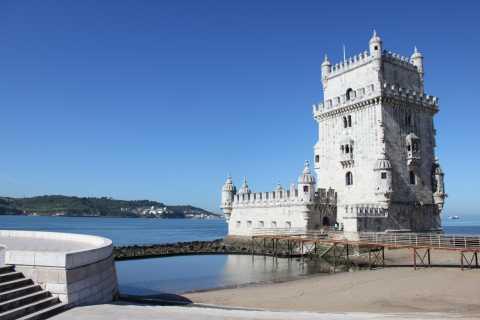 Lisbon: Small-Group Tour with Belém, 25 April Bridge, and VR