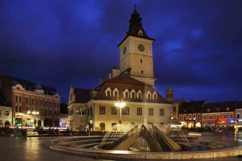 Brasov: Candlelight Tour of Medieval Architecture