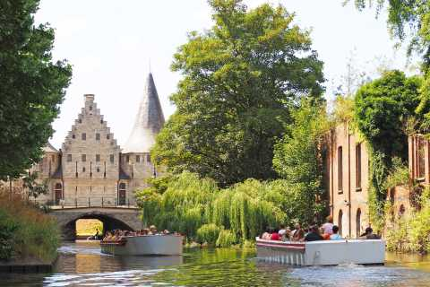 Ghent: 50-Minute Medieval Center Guided Boat Trip