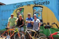 Soweto: Tour de Bicicleta com Guia Local
