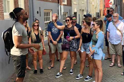 Amsterdam: Rotlichtviertel-Tour mit Trivia-Spiel auf Deutsch