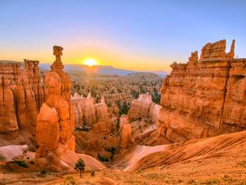 Antelope & Grand Canyons, Zion, Bryce & Monument Valley