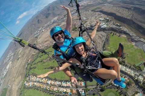Tenerife: tandemvlucht met acrobatische paragliding