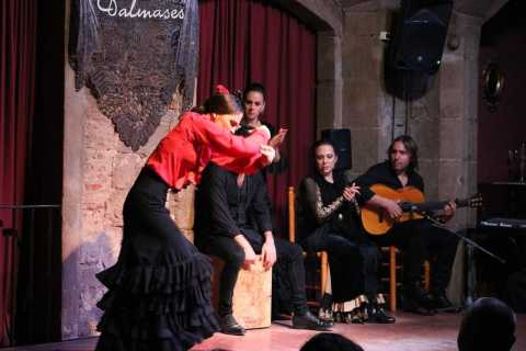 Barcelona: Half-Day Walking Tour with Tapas & Flamenco Show