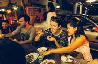 Magie von Bangkok: Private, geführte Tour bei Nacht