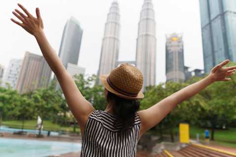 Private Full Day Tour: 10 Wonders of Kuala Lumpur with Lunch