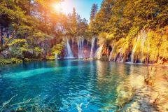 De Split ou Trogir: excursão guiada de um dia aos lagos Plitvice