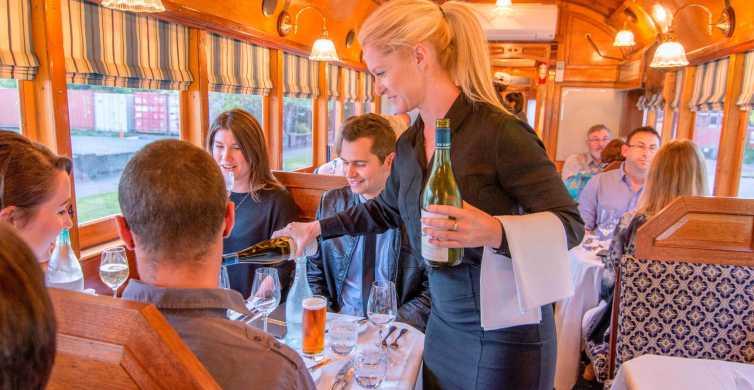 Dîner de 4 plats au restaurant du tramway de Christchurch