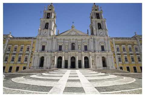 Lisbon: Royal Palaces Tour