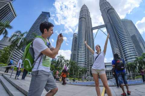 Petronas Twin Towers Ticket with One Way Tranfer