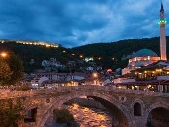 Transfer zwischen Skopje, Tirana und Prizren Halbtagestour