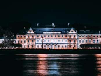 St. Petersburg: Abendliche Newa-Bootstour auf Russisch