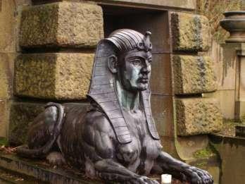 Heidelberg: Tour zum Bergfriedhof