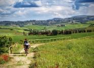Ab Florenz: E-Bike-Tour mit Mittagessen & Weinverkostung