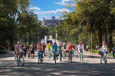 Mexico City: Chapultepec & Reforma Historic Bike Experience