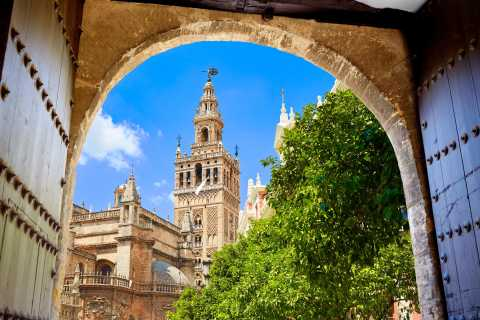 Seville: Main Monuments Tour with Tickets Included