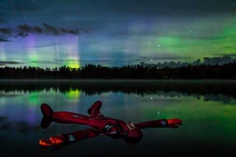 Rovaniemi: Experiência flutuante do Lago de Outono Aurora Boreal