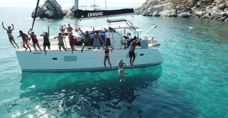 Naxos: Day Cruise on a Catamaran with Lunch