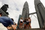 Private KL City Tour with Petronas Twin Towers & Batu Caves