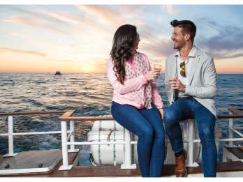 Kapstadt: Bootsfahrt zum Sonnenuntergang mit Champagner
