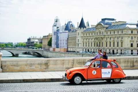 Paris: Romantic Private Tour by Night in a Classic 2CV