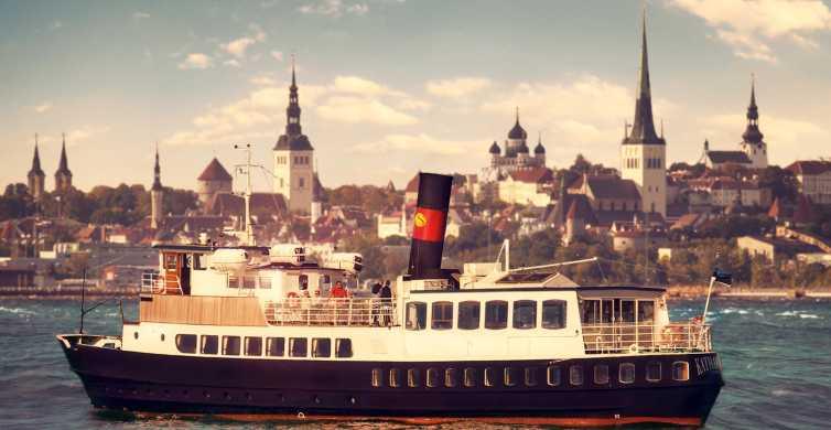 Tallin: crucero con cena al atardecer