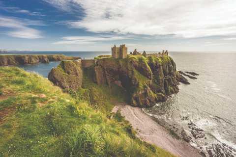 Dunnottar Castle and Royal Deeside 1-Day Tour from Aberdeen