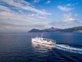 Ab Athen: Ganztägige Bootstour nach Ägina, Poros und Hydra