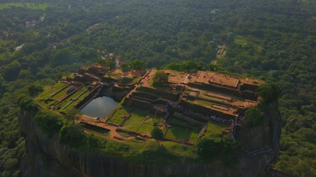 Van Colombo: All Inclusive Sigiriya en Dambulla Tour