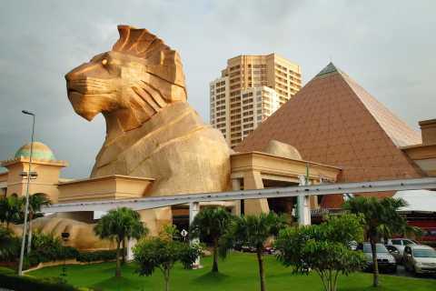 Kuala Lumpur: Sunway Lagoon Theme Park Ticket with Transfer