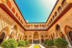 Alcázar de Sevilha: Tour Guiado Palácio e Acesso Prioritário