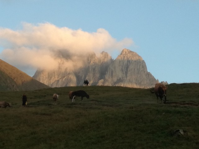 Georgië: Caucasus Mountains Hike and Alpine Meadow Camping