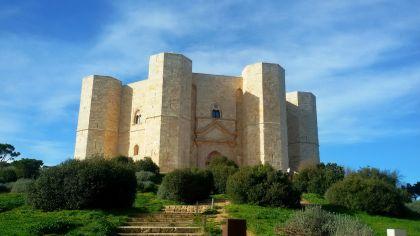 Castel del Monte: ...