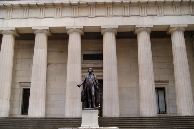 New York: Wall Street Tour with Statue of Liberty Ticket