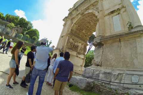 Roma: tour guiado sin colas al Coliseo en grupo reducido