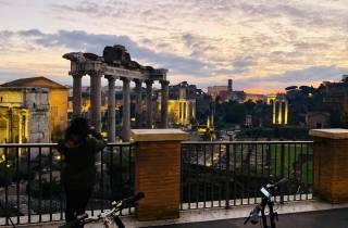 Rom: Sonnenaufgang E-Bike-Erlebnis mit Kaffee-Verkostung