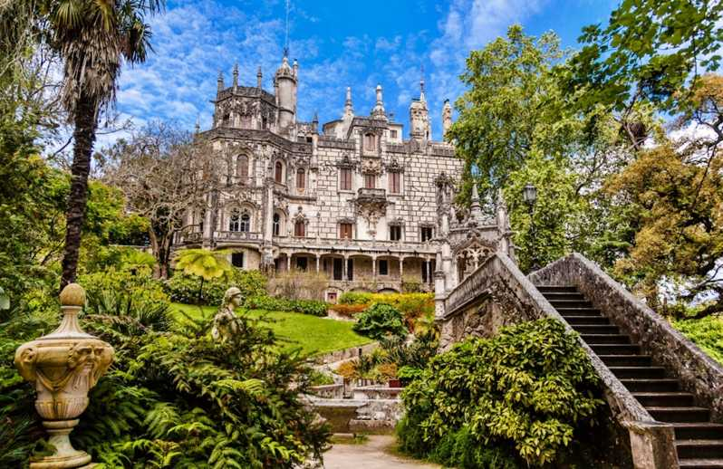 De Lisboa: Excursão de 5 Horas Sintra e Quinta da Regaleira - Lisboa,  Portugal | GetYourGuide