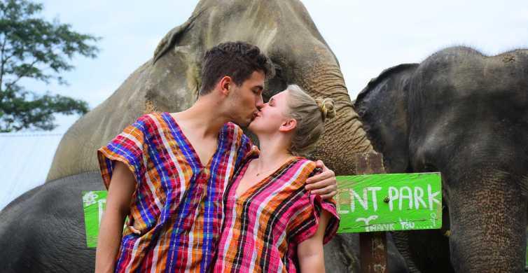 Chiang Mai: Experiencia privada de cuidado de elefantes para parejas