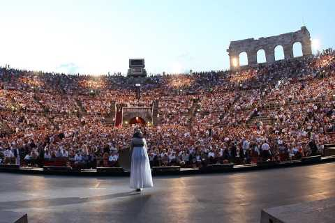 Verona Opera Arena: Transfer from Lake Garda & Opera Ticket
