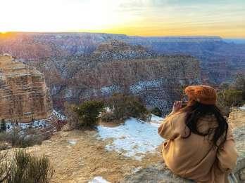 Ab Las Vegas: Grand & Antelope Canyon Tour bei Sonnenaufgang