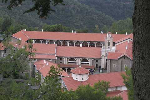 Troodos Mountain and Kykkos Monastery from Paphos in German