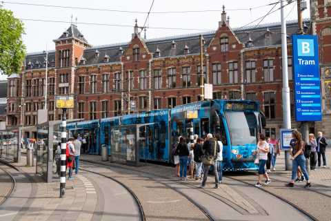 Amsterdam: Public Transport and 397 Airport Shuttle Tickets