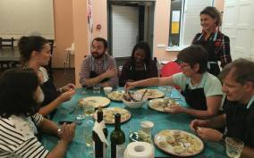St. Petersburg: Cooking Class With a Local Family